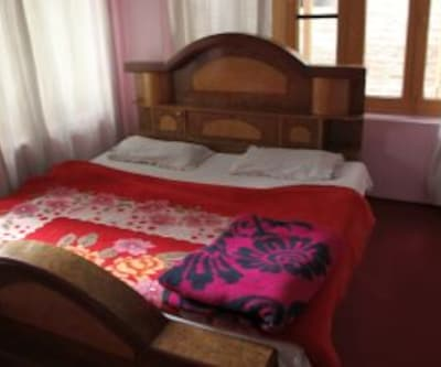 New Shining Star Guest House, Dalgate,