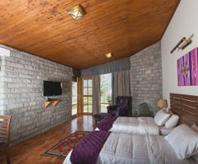 Premier Luxury Suite - Room Only, https://imgcld.yatra.com/ytimages/image/upload/c_fill,w_400,h_333/v1467524858/Domestic Hotels/Hotels_Manali/LaRiSa Resort/Premier Luxury Suite/Premier_Luxury_Suite_dfl0NH.jpg