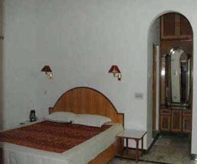 Hotel Holiday Home, ,