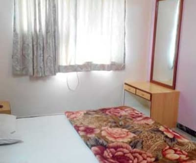 Non A/C Room, https://imgcld.yatra.com/ytimages/image/upload/c_fill,w_400,h_333/v1467530271/Domestic Hotels/Hotels_Pune/Pragati Lodge/Non A/c Room/Non_A/c_Room_j80Rds.jpg