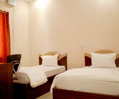 Hotel Om International, Mahabodhi Temple,