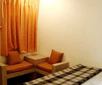 Non AC Standard Room Only, Accommodated with 17 rooms on 3 floors, Rahul Guest House offers in-room conveniences such as an air-conditioner, television, bottled drinking water and a telephone.