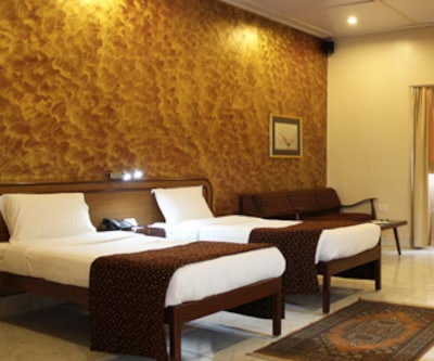 Hotel Grand Inn, Marol Maroshi Road,