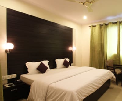 Hotel Chanakya Inn, Airport Zone,
