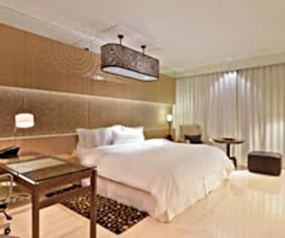 The Westin Gurgaon, Mehrauli Gurgaon Road,