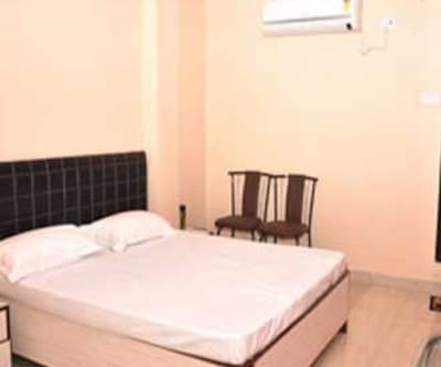 Hotel Golden Residency, Andheri,