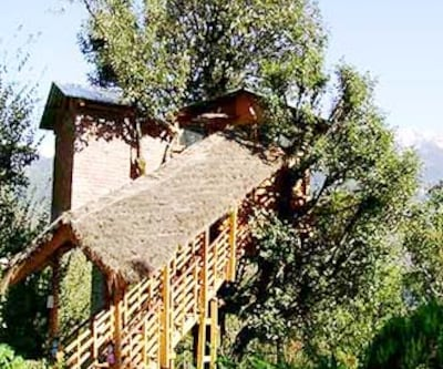 Tree House Cottages, Katrain,