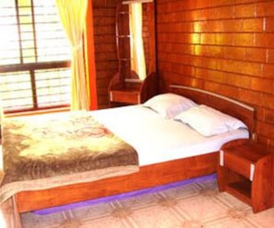 Cottage, These cottages have wardrobe, table lamp and an attached bathroom with a bathtub.