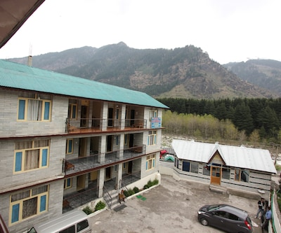 Hotel New Royal & Restaurant,Manali