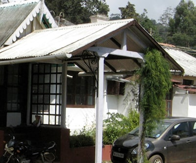 Casttle Wood Cottage,Ooty