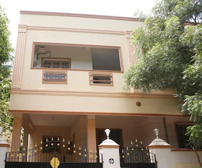 Neighbour Inn Hotel,Chennai