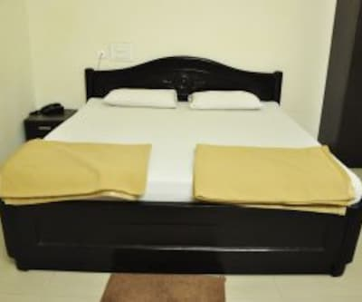 Reva Guest House, Tiruchanoor Road,