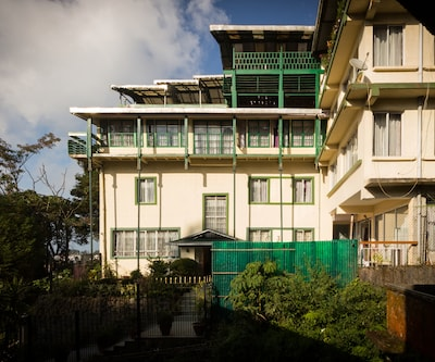 Mount Himalayan Resort,Darjeeling
