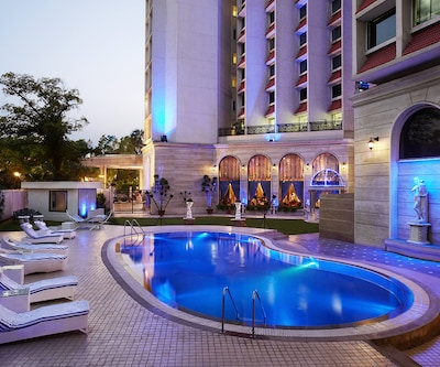 Hotel The Royal Plaza,New Delhi