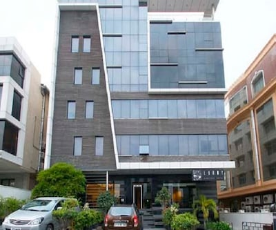 Ebony Boutique Hotel