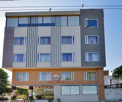 Hotel Signetic Blue,Bhopal