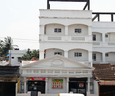 M S Residence,Cochin