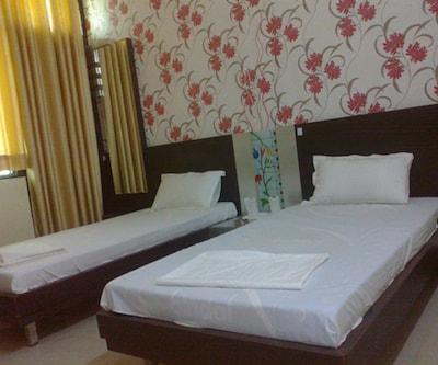 Hotel Highway Pride,Jaipur