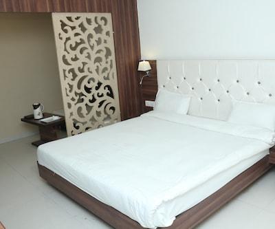 Hotel Sudarshan City Walk,Bhopal