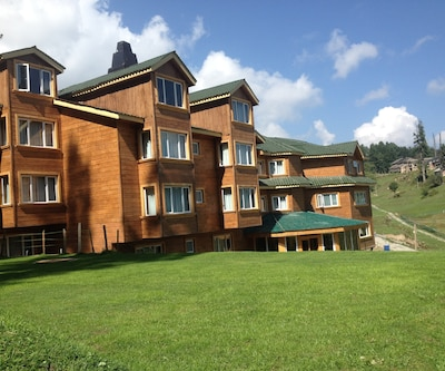 Hotel Green Heights,Gulmarg
