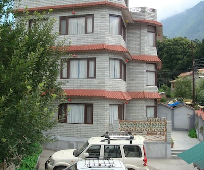 Hotel Dream,Manali