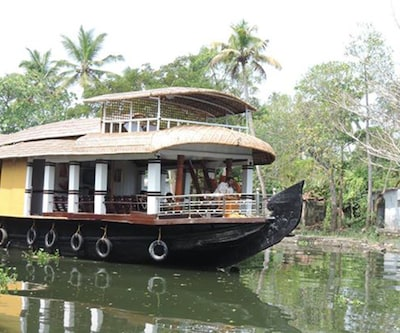 East of Venice Four,Alleppey