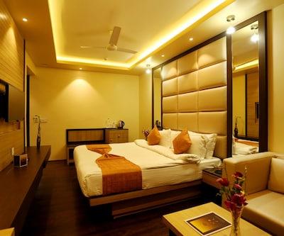 The Awesome Palace, Ganeshguri,