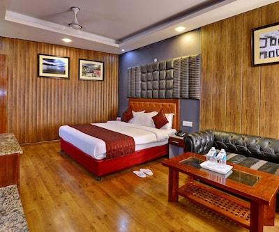 Hotel Mayur  By RoomsInc,Katra
