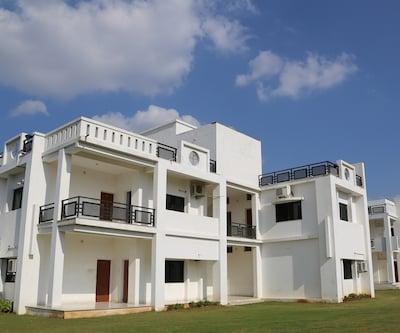 ADB Rooms�The Grand Atithi,Mount Abu