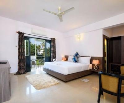 Deluxe Room with Breakfast,