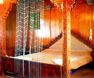 ADB�Rooms�Kashmir�Group�of�Houseboats,Srinagar