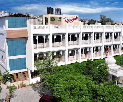 Vinayak Hotel,Udaipur
