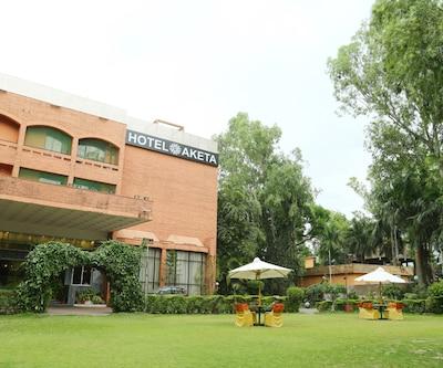 Hotel Aketa,Dehradun