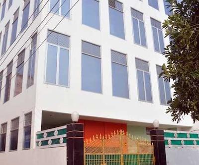 Hotel Chaitanya Inn,Varanasi