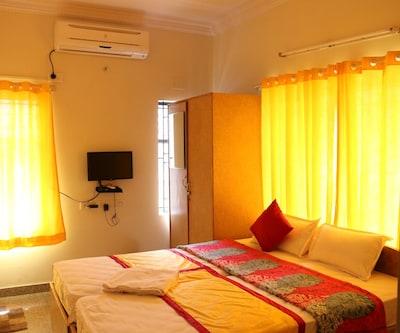 Varada Comforts,Bangalore