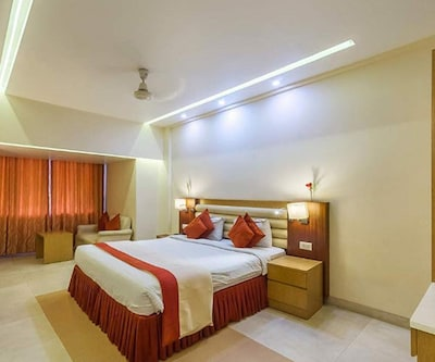 Hotel M.B International - Palace Side,Mysore
