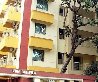 Hotel Queensway Park Ulsoor Lake