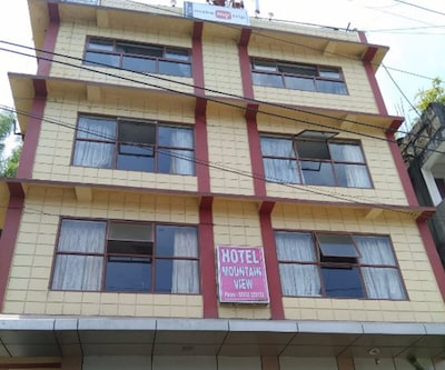Hotel Mountain View,Kalimpong