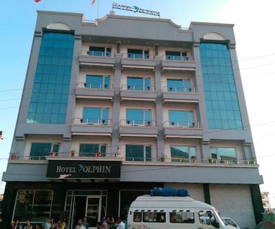 Hotel Dolphin,Katra