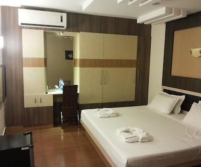 Hotel Cosmo Mumbai,Mumbai