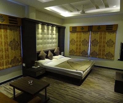 Hotel Purva M.G. Road,Indore