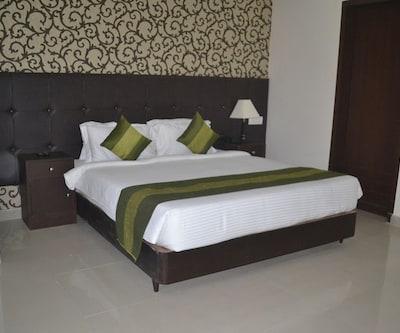 Hotel Patliputra Nirvana,Gurgaon