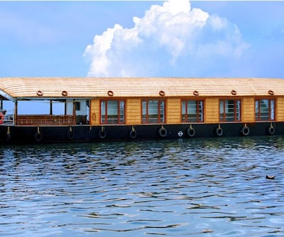 South Tourism Houseboats,Alleppey