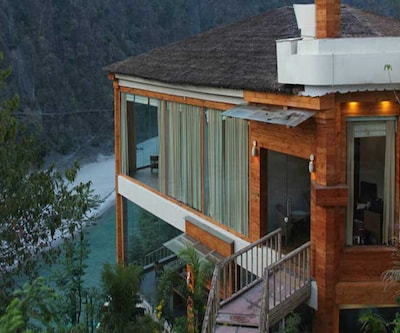 Raga On The Ganges - An Amritara Private Hideaway