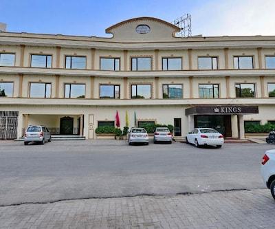 Hotel Kings,Jalandhar