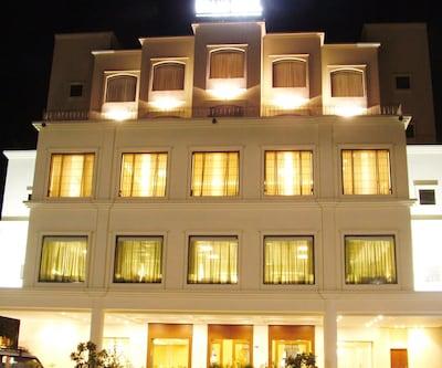 Hotel Majestic Grand