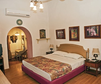 Cottage Room Double- Room Only, https://imgcld.yatra.com/ytimages/image/upload/c_fill,w_400,h_333/v1505286220/Hotel/Mount Abu/00000067/_DSC6098_6EEm2Z.jpg