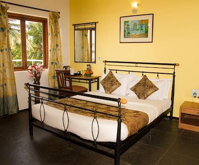 6 Bedroom Villa-Candolim, Candolim,