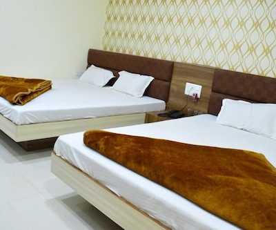 Hotel Mahakal Ashray,Ujjain
