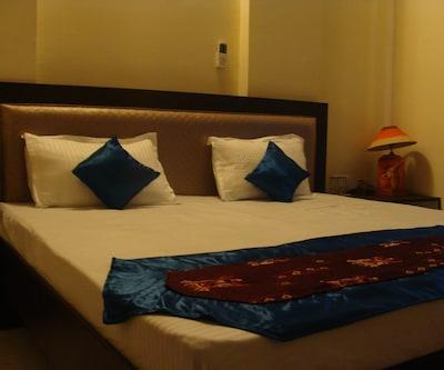 Hotel Abhinandan Grand,Dehradun
